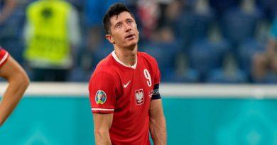 Lachende und traurige Gesichter: Die 14 Bayern-Stars erlebten bei der EM bislang Licht und Schatten